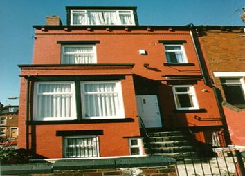 Thumbnail 4 bedroom shared accommodation to rent in Knowle Place, Burley, Leeds