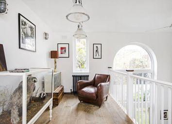 Harrowgate Road, Victoria Park, London E9. 3 bed property