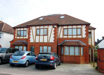 Thumbnail 1 bed flat to rent in Edward Close, St Albans, 5