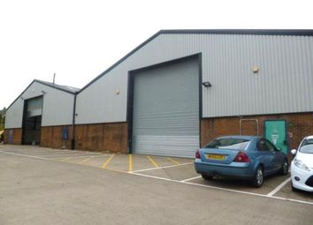 Industrial to let in 2 Earls Park North, Team Valley, Gateshead NE11