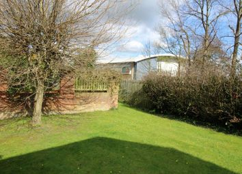 Thumbnail 2 bed flat to rent in Minster Avenue, Beverley