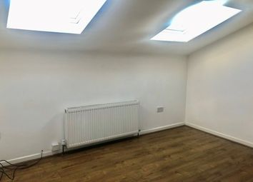 2 bed flat to rent in East Road, Longsight, Manchester M12