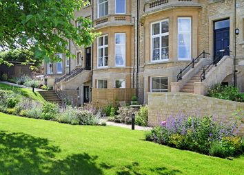 Thumbnail 3 bed terraced house for sale in Penhurst Gardens, Chipping Norton