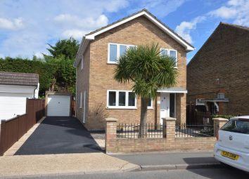 Clayton Road, Chessington, Surrey KT9. 3 bed detached house