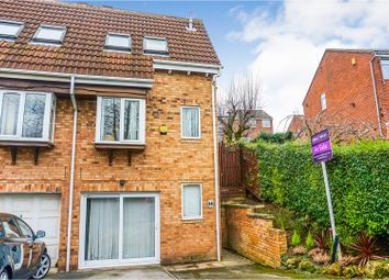 Thumbnail 2 bed town house for sale in Granny Lane, Leeds