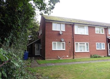 Thumbnail 1 bedroom flat to rent in Honor Close, Kidlington