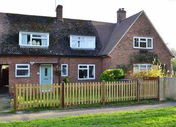 Thumbnail 3 bed terraced house for sale in Wakemans, Upper Basildon, Berkshire