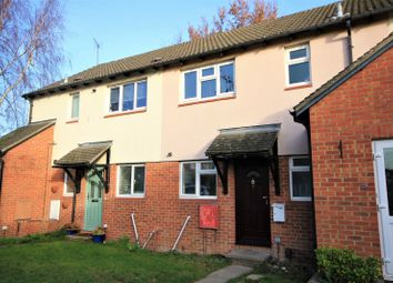 Thumbnail 1 bed flat to rent in Willow Tree Glade, Calcot, Reading