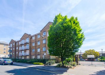 Thumbnail 2 bedroom flat to rent in Lyndhurst Lodge, Canary Wharf
