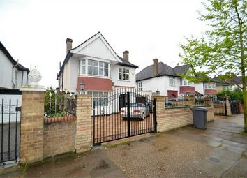 Thumbnail 5 bed detached house to rent in The Avenue, London