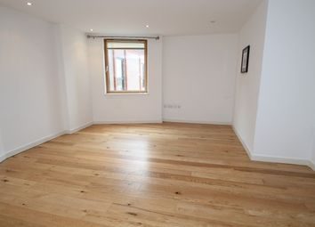 Thumbnail 2 bed flat to rent in Fairfield Road, Croydon