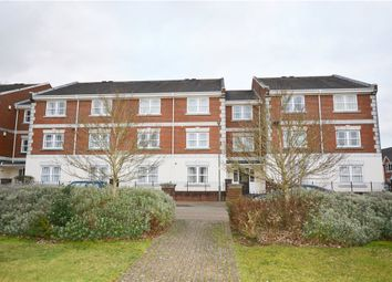Thumbnail 1 bed flat for sale in Grosvenor House, St. Lukes Square, Guildford