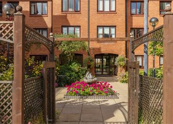 Thumbnail 1 bed flat for sale in Water Lane, Leighton Buzzard, Bedfordshire