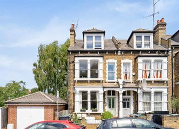 2 bed flat for sale in Temple Road, London N8