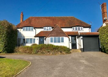 Thumbnail 5 bedroom detached house to rent in Pine View Close, Haslemere