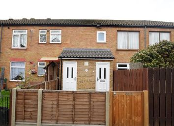 2 bed maisonette to rent in Wood End Green Road, Hayes UB3