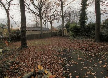 Thumbnail 5 bed detached house to rent in Reinwood Road, Lindley