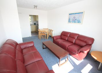 Thumbnail 3 bedroom flat to rent in Pentland Crescent, West End, Dundee
