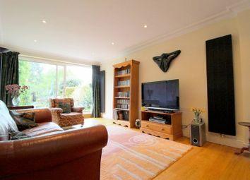 Thumbnail 4 bedroom terraced house for sale in Mill Hill, Edenbridge