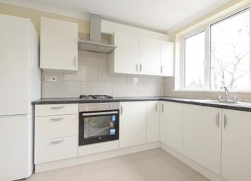 3 bed town house to rent in Newbury, Berkshire RG14