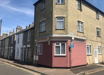 Thumbnail 2 bed flat to rent in Ainsworth Street, Cambridge