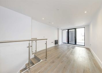 Thumbnail 3 bed flat for sale in King's Mews, London
