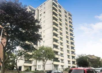 121 Aldriche Way, Highams Park, London E4. 2 bed flat
