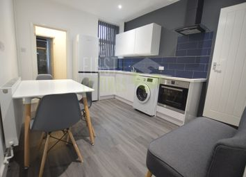 3 bed terraced house to rent in Westbury Road, Clarendon Park LE2