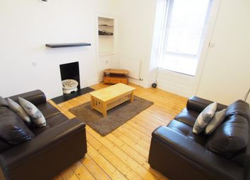 2 bed flat to rent in Esslemont Avenue, Second Left AB25