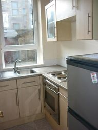 Thumbnail 2 bed flat to rent in Hollybank Place, Gfr, Aberdeen