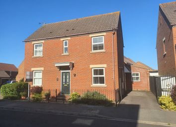 Grevillea Avenue, Titchfield, Fareham PO15. 4 bed detached house