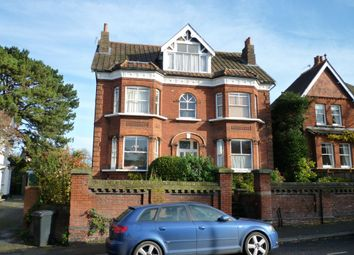 Thumbnail Studio to rent in Burgh Heath Road, Epsom