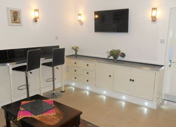 Thumbnail Room to rent in Victoria Road, Swindon