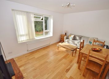 Torrington Park, North Finchley N12. 1 bed flat for sale