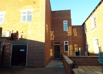 Thumbnail 2 bed flat to rent in Queen Street, Louth