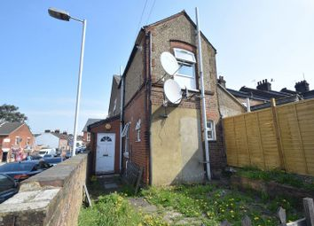 Thumbnail 1 bed flat to rent in Butlin Road, Luton