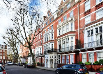 Thumbnail 3 bed maisonette to rent in Collingham Gardens, South Kensington