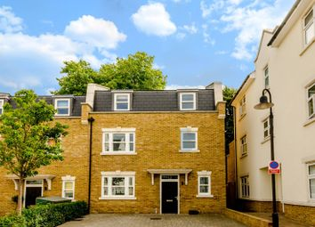 Thumbnail 4 bed property to rent in Emerald Square, Putney