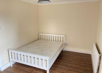 Thumbnail Room to rent in Anglo Road, London