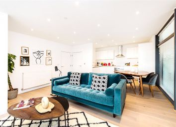 Thumbnail 2 bed flat for sale in Matchmakers Wharf, King's Mead Way