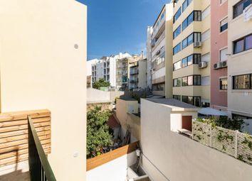 Thumbnail Apartment for sale in Nº28-1º, R. Barata Salgueiro, 1250-044 Lisboa, Portugal