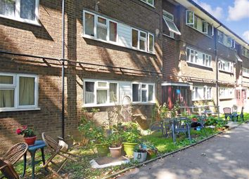 Thumbnail 2 bed flat for sale in Hackington Crescent, Beckenham, Kent