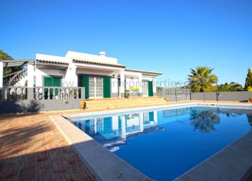 Thumbnail 3 bed villa for sale in Santa Bárbara De Nexe, Santa Bárbara De Nexe, Faro