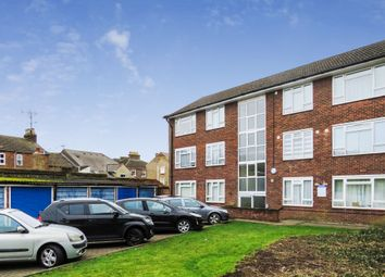 2 bed flat for sale in Victoria Street, Dunstable LU6