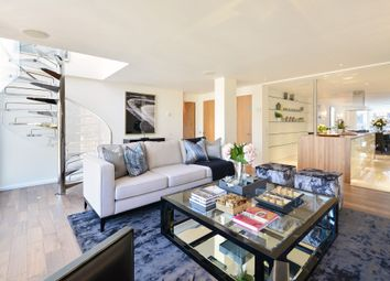 Thumbnail 3 bed flat to rent in Young Street, Kensington