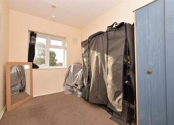 Thumbnail 2 bed maisonette for sale in Park Parade, Havant, Hampshire