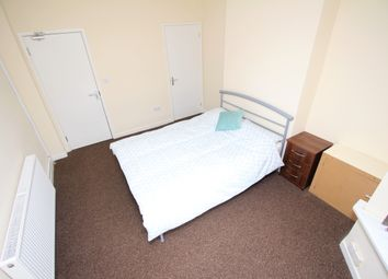 Thumbnail Room to rent in Bolton Road, Wednesfield, Wolverhampton