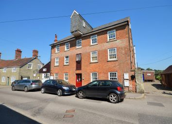 Thumbnail 2 bed flat to rent in Barton Hill, Shaftesbury