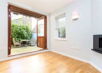 4 bed mews house to rent in Robinswood Mews, London N5