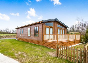 Thumbnail 2 bed mobile/park home for sale in Kelsey Wood Country Park, Monksthorpe, Spilsby